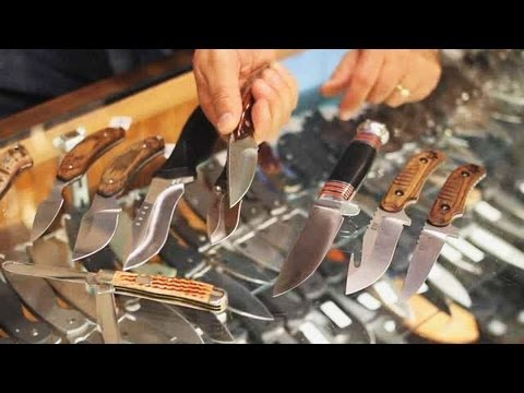 How to Pick a Hunting Knife | Knives
